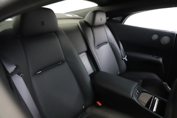 Used 2015 Rolls-Royce Wraith for sale $179,900 at Bugatti of Greenwich in Greenwich CT 06830 17