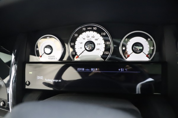 Used 2015 Rolls-Royce Wraith for sale $179,900 at Bugatti of Greenwich in Greenwich CT 06830 20