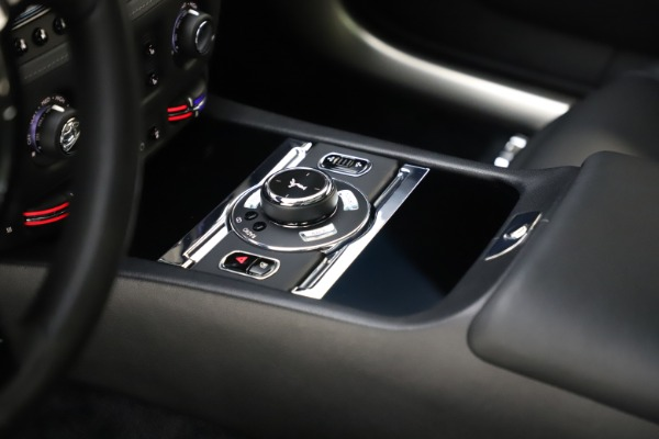 Used 2015 Rolls-Royce Wraith for sale $179,900 at Bugatti of Greenwich in Greenwich CT 06830 22