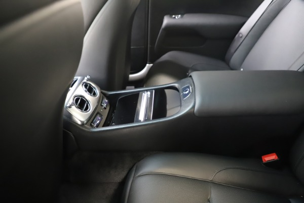 Used 2015 Rolls-Royce Wraith for sale $179,900 at Bugatti of Greenwich in Greenwich CT 06830 24