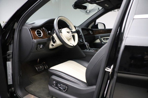 Used 2018 Bentley Bentayga Activity Edition for sale Sold at Bugatti of Greenwich in Greenwich CT 06830 17