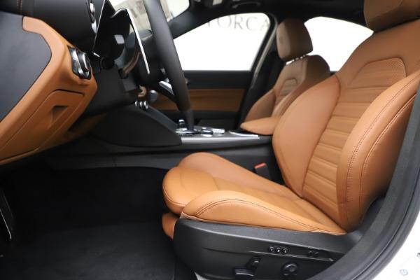 New 2020 Alfa Romeo Giulia Ti Sport Q4 for sale $53,190 at Bugatti of Greenwich in Greenwich CT 06830 14