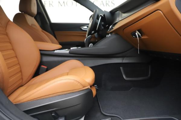 New 2020 Alfa Romeo Giulia Ti Sport Q4 for sale $53,190 at Bugatti of Greenwich in Greenwich CT 06830 23