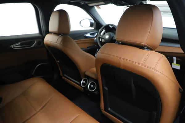 New 2020 Alfa Romeo Giulia Ti Sport Q4 for sale $53,190 at Bugatti of Greenwich in Greenwich CT 06830 28