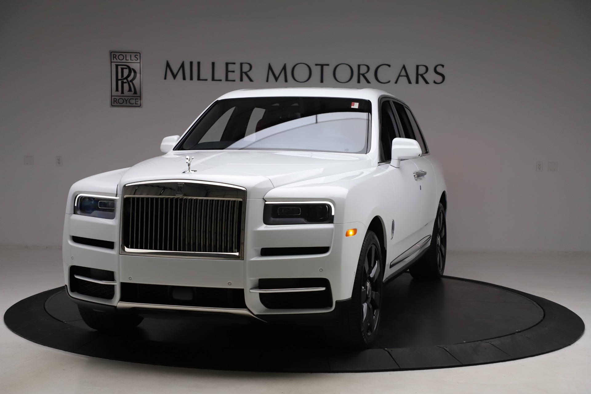 New 2020 Rolls-Royce Cullinan for sale $379,325 at Bugatti of Greenwich in Greenwich CT 06830 1