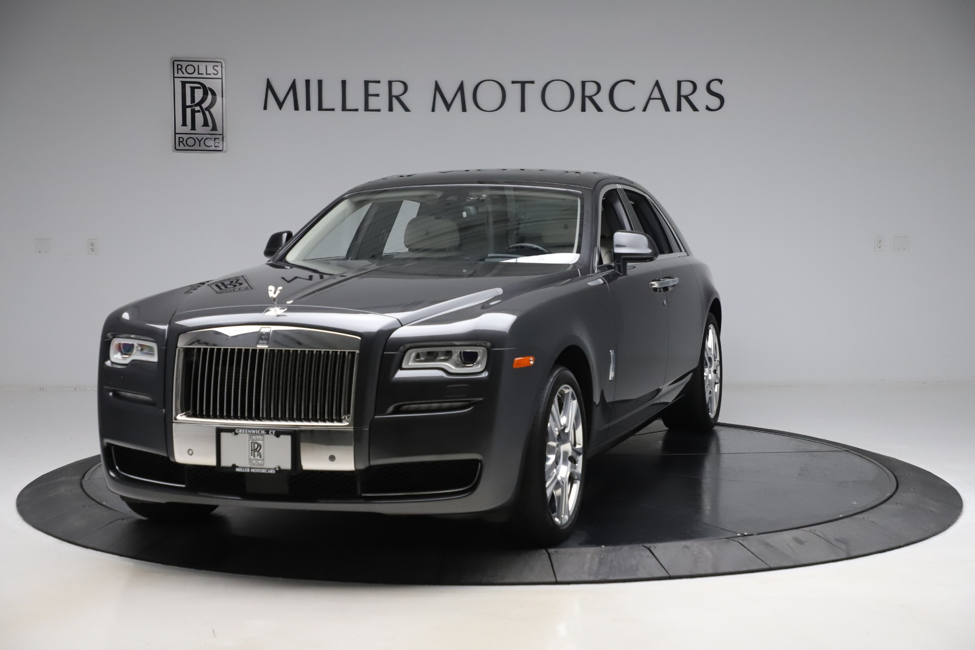Used 2016 Rolls-Royce Ghost for sale $179,900 at Bugatti of Greenwich in Greenwich CT 06830 1