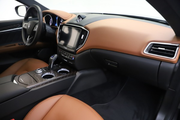 New 2019 Maserati Ghibli S Q4 GranLusso for sale $98,095 at Bugatti of Greenwich in Greenwich CT 06830 22