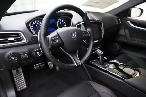 New 2019 Maserati Ghibli S Q4 GranSport for sale Sold at Bugatti of Greenwich in Greenwich CT 06830 13