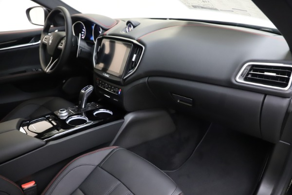 New 2019 Maserati Ghibli S Q4 GranSport for sale $99,905 at Bugatti of Greenwich in Greenwich CT 06830 22