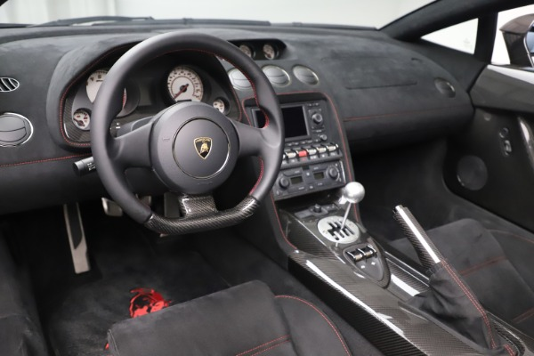 Used 2013 Lamborghini Gallardo LP 570-4 Spyder Performante for sale $229,900 at Bugatti of Greenwich in Greenwich CT 06830 17