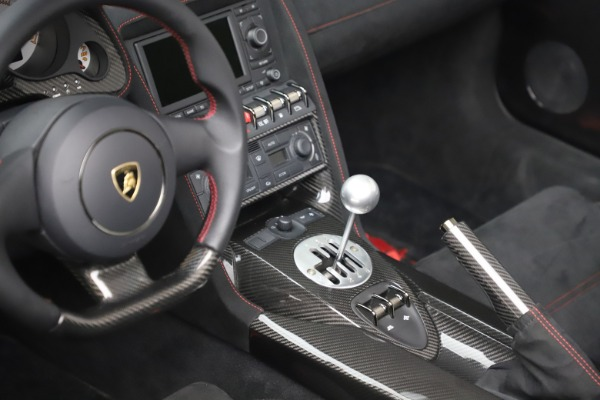 Used 2013 Lamborghini Gallardo LP 570-4 Spyder Performante for sale $229,900 at Bugatti of Greenwich in Greenwich CT 06830 20