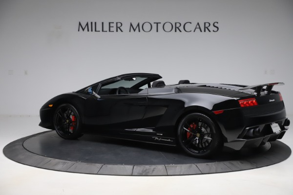 Used 2013 Lamborghini Gallardo LP 570-4 Spyder Performante for sale $229,900 at Bugatti of Greenwich in Greenwich CT 06830 4