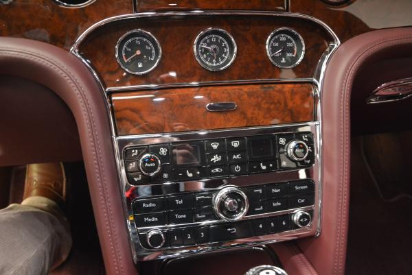 Used 2011 Bentley Mulsanne for sale Sold at Bugatti of Greenwich in Greenwich CT 06830 23