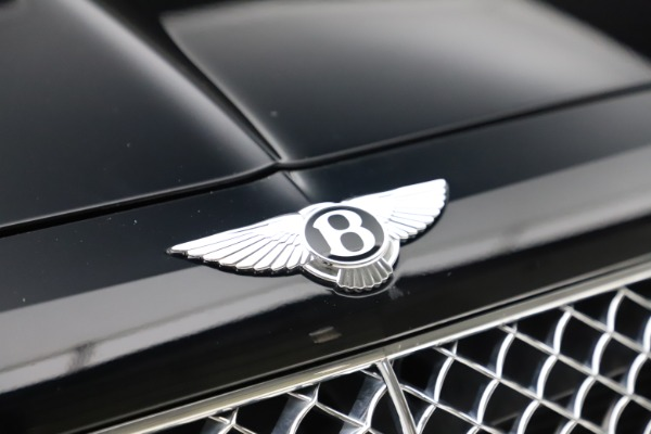 Used 2017 Bentley Bentayga W12 for sale $139,900 at Bugatti of Greenwich in Greenwich CT 06830 14