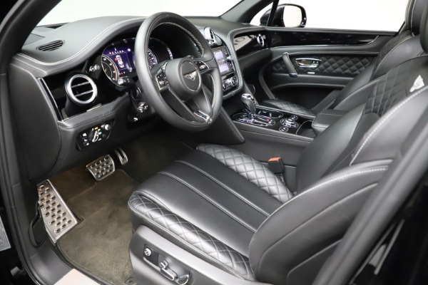 Used 2017 Bentley Bentayga W12 for sale $139,900 at Bugatti of Greenwich in Greenwich CT 06830 17