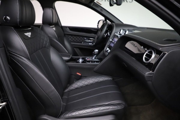 Used 2017 Bentley Bentayga W12 for sale $139,900 at Bugatti of Greenwich in Greenwich CT 06830 26