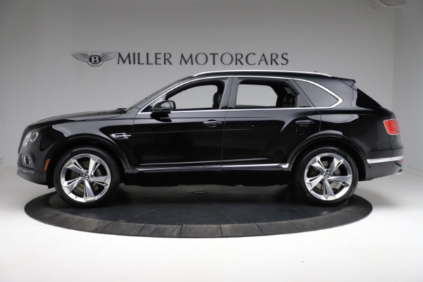 Used 2017 Bentley Bentayga W12 for sale $139,900 at Bugatti of Greenwich in Greenwich CT 06830 3