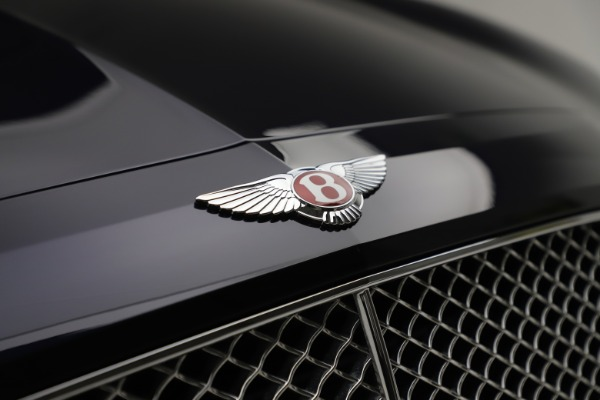 Used 2016 Bentley Flying Spur V8 for sale $114,900 at Bugatti of Greenwich in Greenwich CT 06830 14