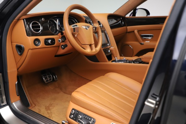 Used 2016 Bentley Flying Spur V8 for sale $114,900 at Bugatti of Greenwich in Greenwich CT 06830 17