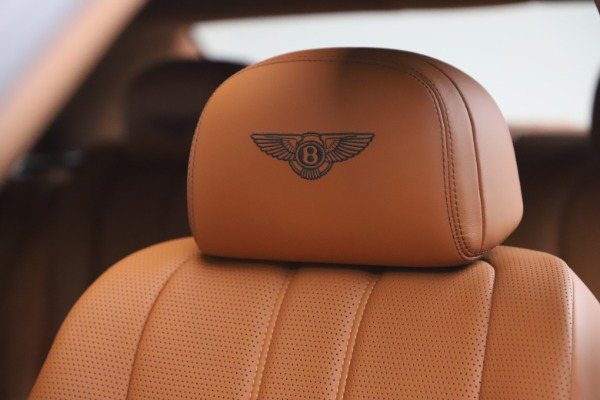 Used 2016 Bentley Flying Spur V8 for sale $114,900 at Bugatti of Greenwich in Greenwich CT 06830 20
