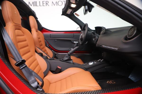 New 2020 Alfa Romeo 4C Spider for sale $82,395 at Bugatti of Greenwich in Greenwich CT 06830 24