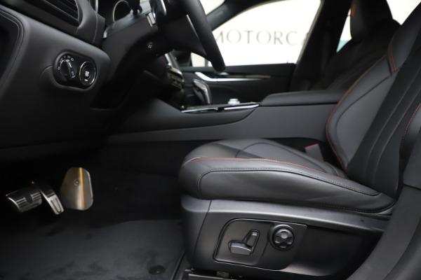 New 2020 Maserati Levante Q4 GranSport for sale $88,885 at Bugatti of Greenwich in Greenwich CT 06830 14