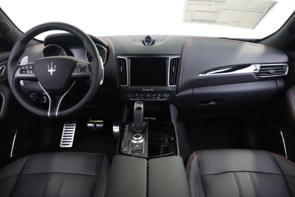 New 2020 Maserati Levante Q4 GranSport for sale $88,885 at Bugatti of Greenwich in Greenwich CT 06830 16
