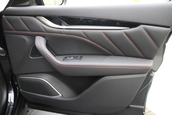 New 2020 Maserati Levante Q4 GranSport for sale $88,885 at Bugatti of Greenwich in Greenwich CT 06830 25