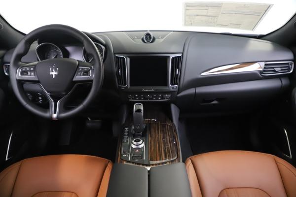 New 2020 Maserati Levante Q4 GranLusso for sale Sold at Bugatti of Greenwich in Greenwich CT 06830 16