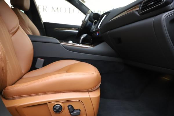 New 2020 Maserati Levante Q4 GranLusso for sale Sold at Bugatti of Greenwich in Greenwich CT 06830 23