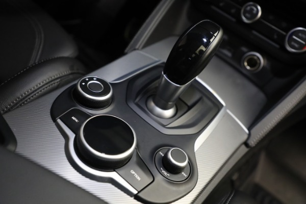 New 2019 Alfa Romeo Stelvio Ti Sport Q4 for sale $52,640 at Bugatti of Greenwich in Greenwich CT 06830 28