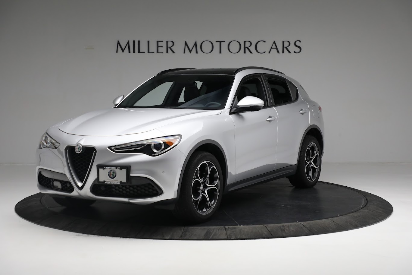 New 2019 Alfa Romeo Stelvio Ti Sport Q4 for sale $52,640 at Bugatti of Greenwich in Greenwich CT 06830 1