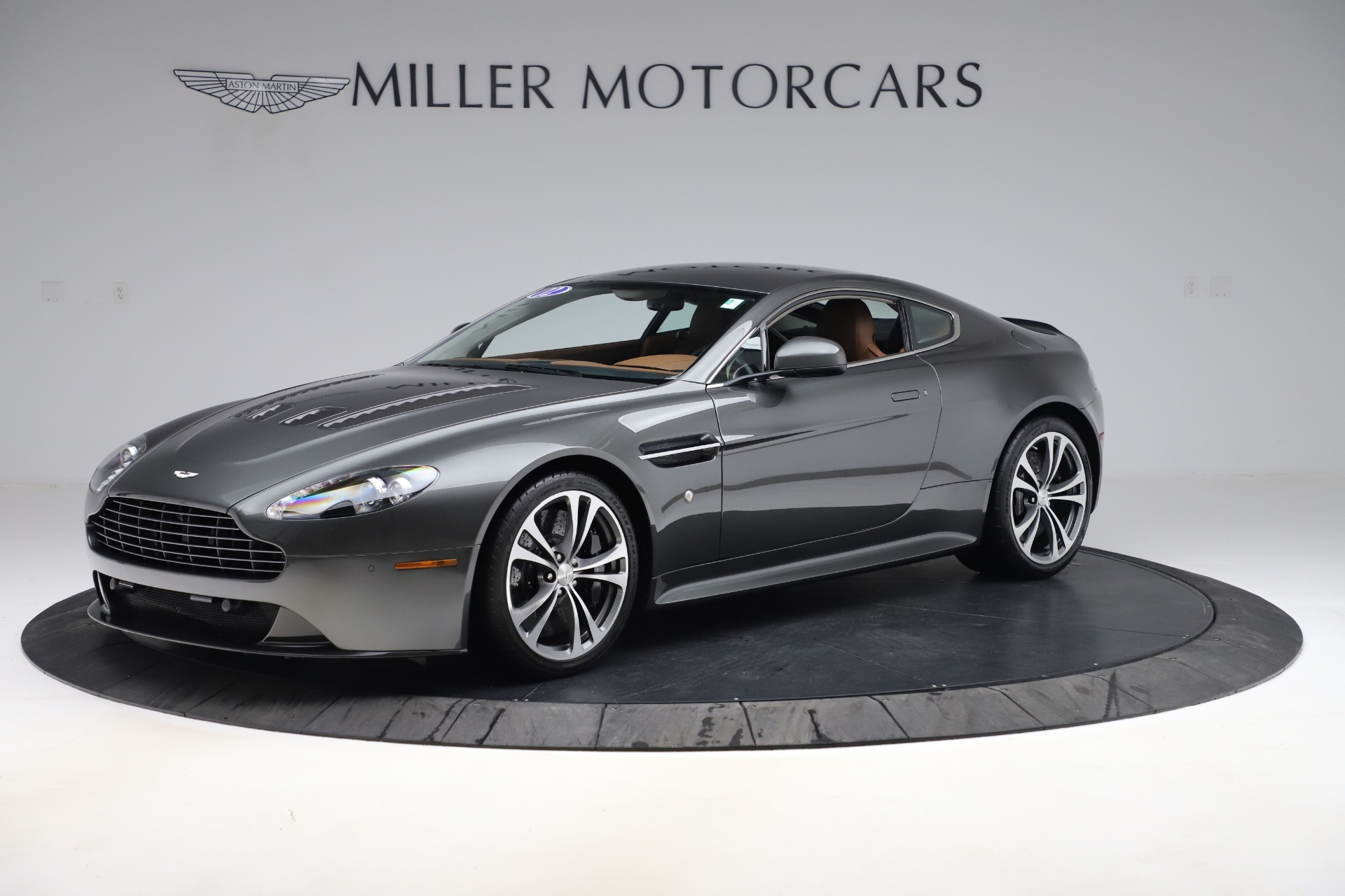 Used 2012 Aston Martin V12 Vantage Coupe for sale $115,900 at Bugatti of Greenwich in Greenwich CT 06830 1