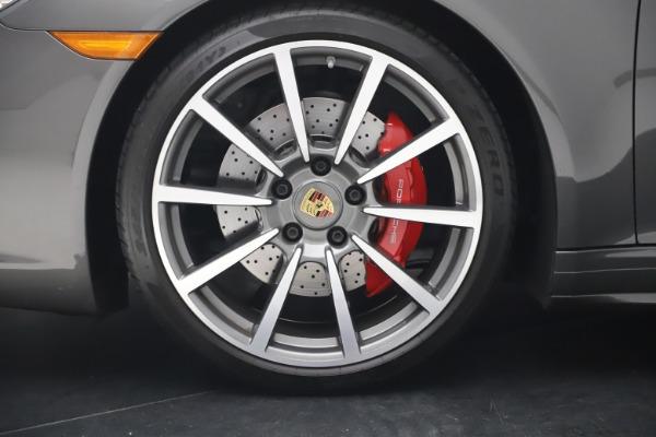 Used 2017 Porsche 911 Targa 4S for sale $123,900 at Bugatti of Greenwich in Greenwich CT 06830 22