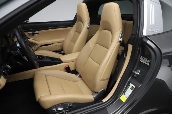Used 2017 Porsche 911 Targa 4S for sale $123,900 at Bugatti of Greenwich in Greenwich CT 06830 25