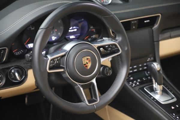 Used 2017 Porsche 911 Targa 4S for sale $123,900 at Bugatti of Greenwich in Greenwich CT 06830 27