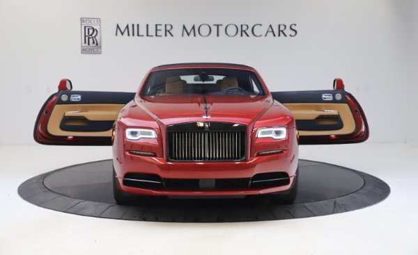 Used 2019 Rolls-Royce Dawn Black Badge for sale $349,900 at Bugatti of Greenwich in Greenwich CT 06830 18