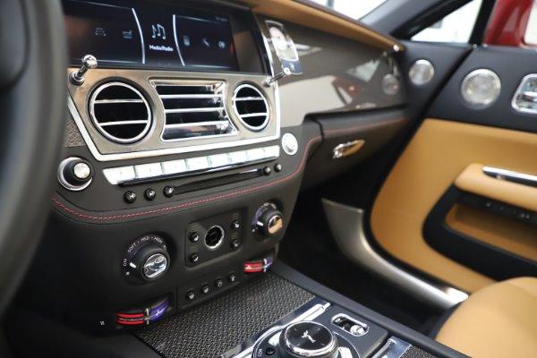 Used 2019 Rolls-Royce Dawn Black Badge for sale $349,900 at Bugatti of Greenwich in Greenwich CT 06830 27