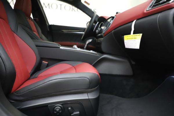 New 2020 Maserati Ghibli S Q4 GranSport for sale $94,785 at Bugatti of Greenwich in Greenwich CT 06830 23