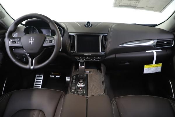 New 2020 Maserati Levante Q4 GranLusso for sale $87,885 at Bugatti of Greenwich in Greenwich CT 06830 16