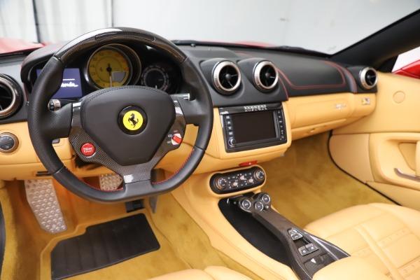 Used 2014 Ferrari California 30 for sale $127,900 at Bugatti of Greenwich in Greenwich CT 06830 18