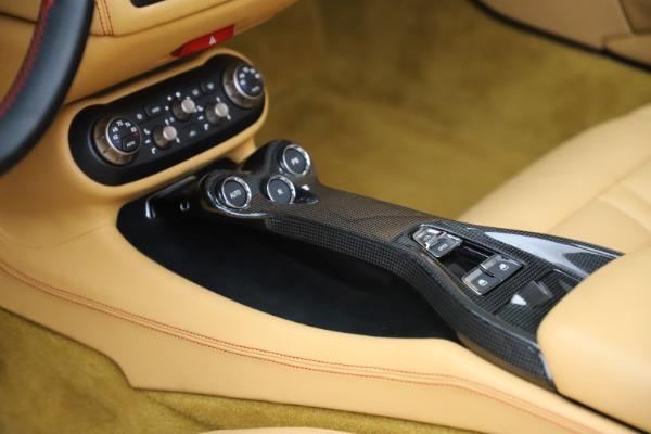 Used 2014 Ferrari California 30 for sale $127,900 at Bugatti of Greenwich in Greenwich CT 06830 26