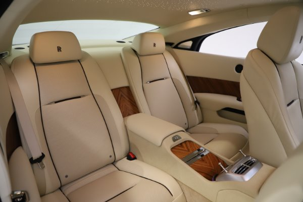 Used 2015 Rolls-Royce Wraith for sale $169,900 at Bugatti of Greenwich in Greenwich CT 06830 14