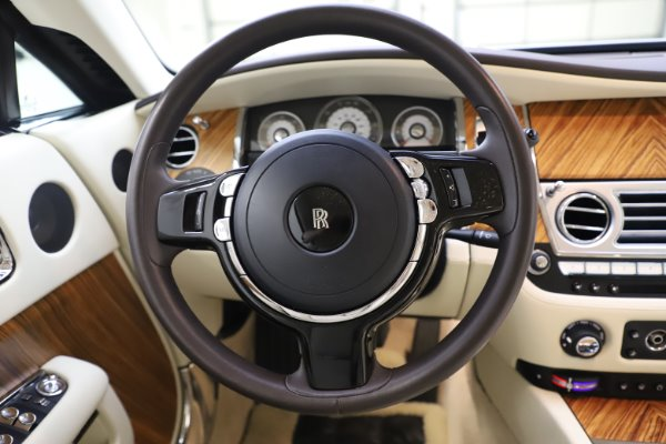 Used 2015 Rolls-Royce Wraith for sale $169,900 at Bugatti of Greenwich in Greenwich CT 06830 15