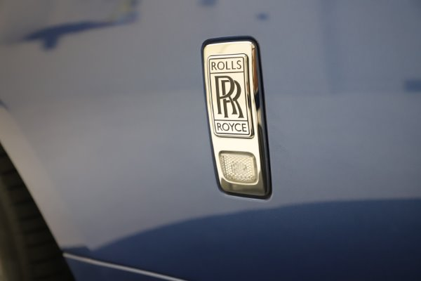 Used 2015 Rolls-Royce Wraith for sale $169,900 at Bugatti of Greenwich in Greenwich CT 06830 24