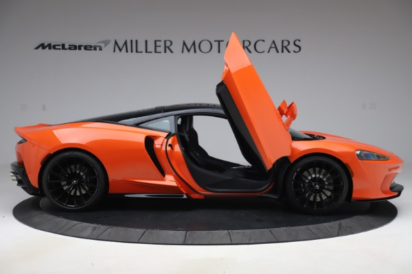 New 2020 McLaren GT Coupe for sale $246,975 at Bugatti of Greenwich in Greenwich CT 06830 15