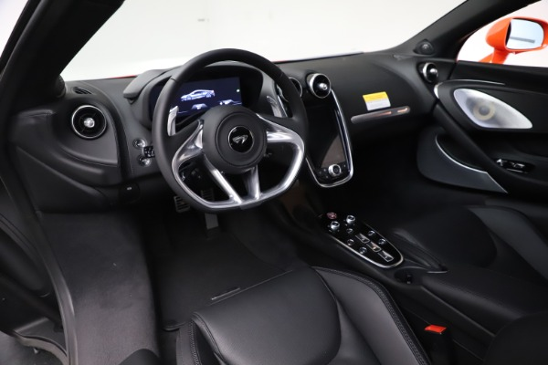 New 2020 McLaren GT Coupe for sale $246,975 at Bugatti of Greenwich in Greenwich CT 06830 23