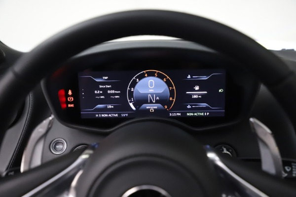New 2020 McLaren GT Coupe for sale $246,975 at Bugatti of Greenwich in Greenwich CT 06830 26