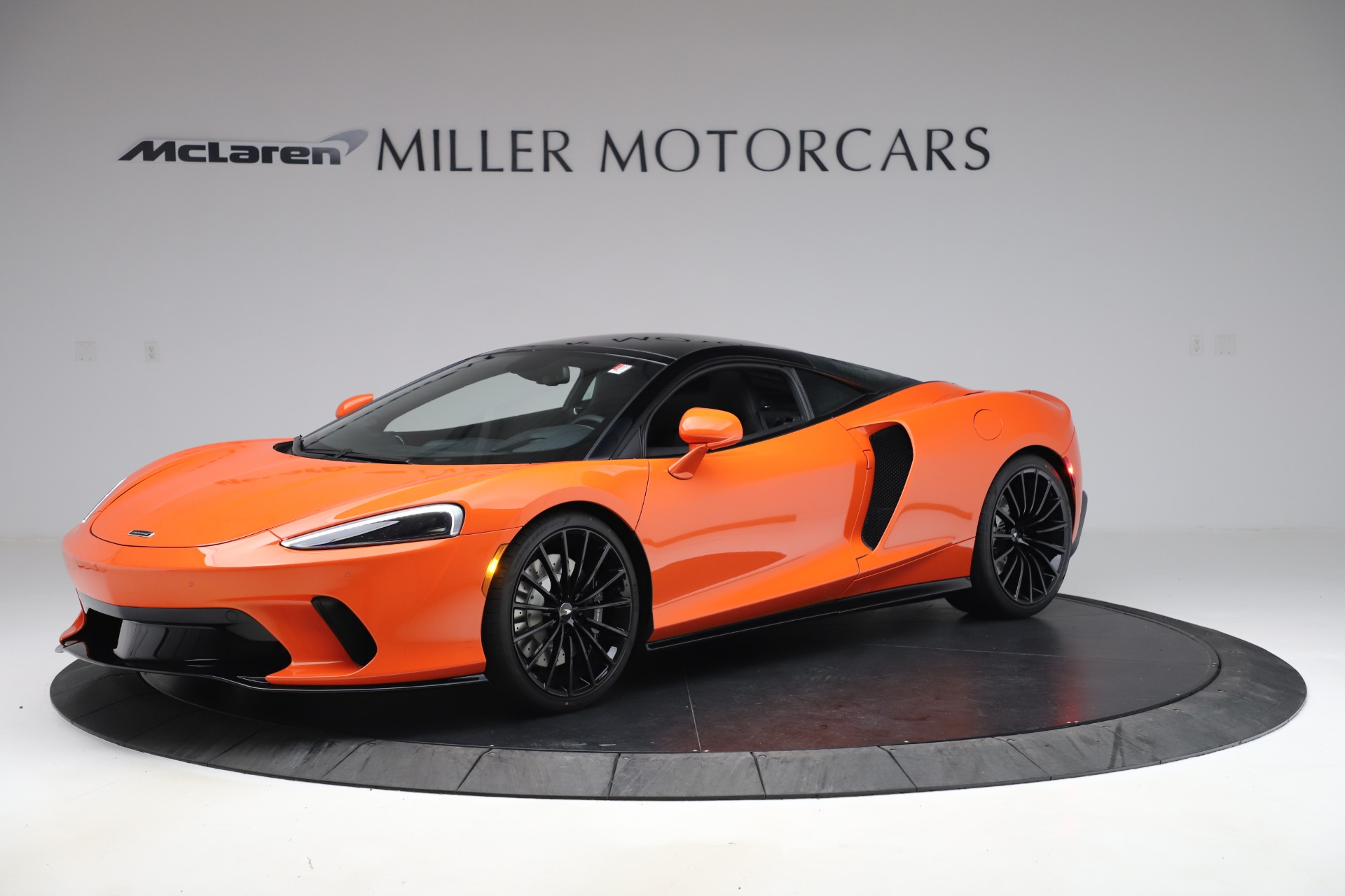 New 2020 McLaren GT Coupe for sale $246,975 at Bugatti of Greenwich in Greenwich CT 06830 1