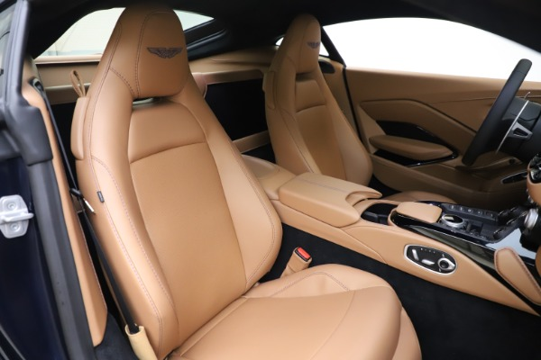 New 2020 Aston Martin Vantage Coupe for sale $174,731 at Bugatti of Greenwich in Greenwich CT 06830 19